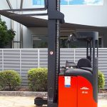 used forklift linde Series 115 R12 16 electric reach tr u24184